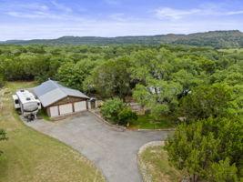 351 Windmill Oaks Dr, Wimberley, TX 78676, USA Photo 44