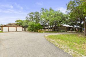 351 Windmill Oaks Dr, Wimberley, TX 78676, USA Photo 50