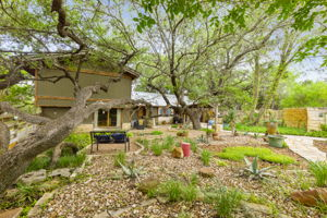 351 Windmill Oaks Dr, Wimberley, TX 78676, USA Photo 10