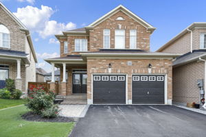 44 Herefordshire Cres, Newmarket, ON L3X 3K8, Canada Photo 0