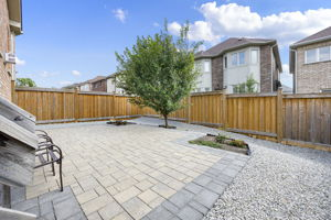 44 Herefordshire Cres, Newmarket, ON L3X 3K8, Canada Photo 30