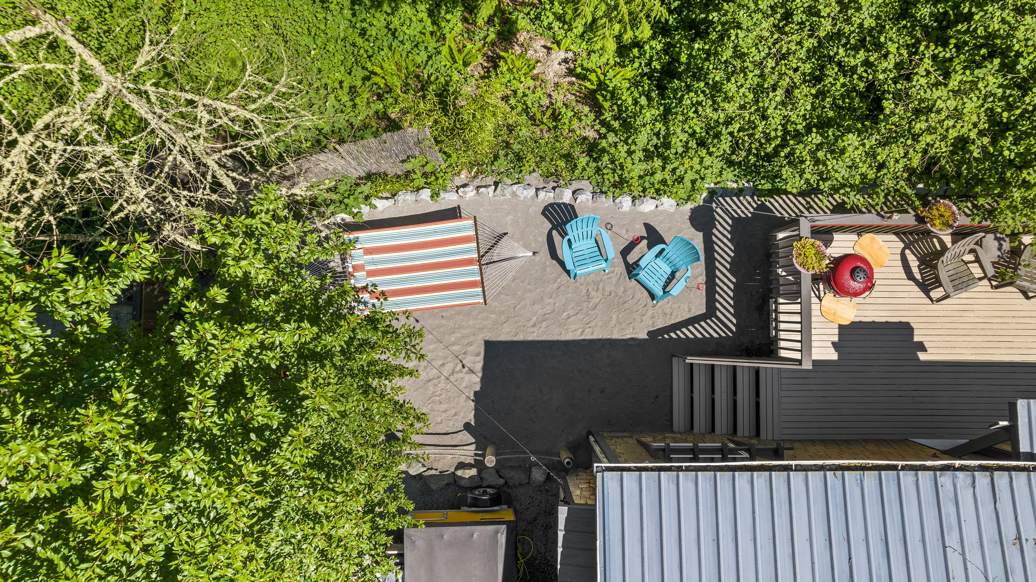 Ariel view of the hammock and beach setting! Great place to relax and unwind!