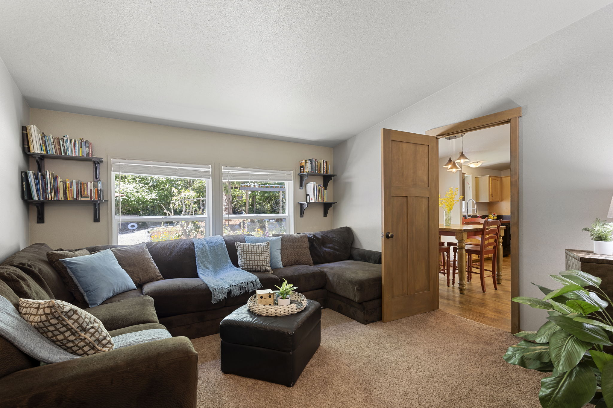 Great family room with large windows!