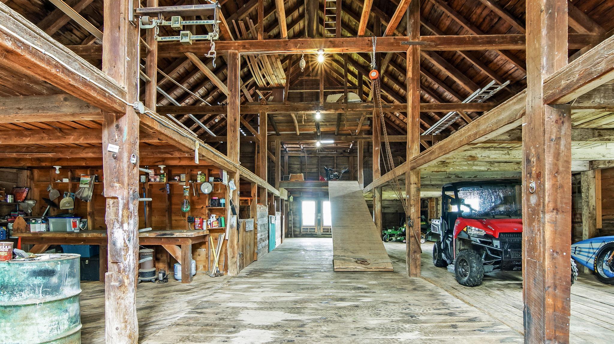 40' x 60'+- 3 Story Main Barn