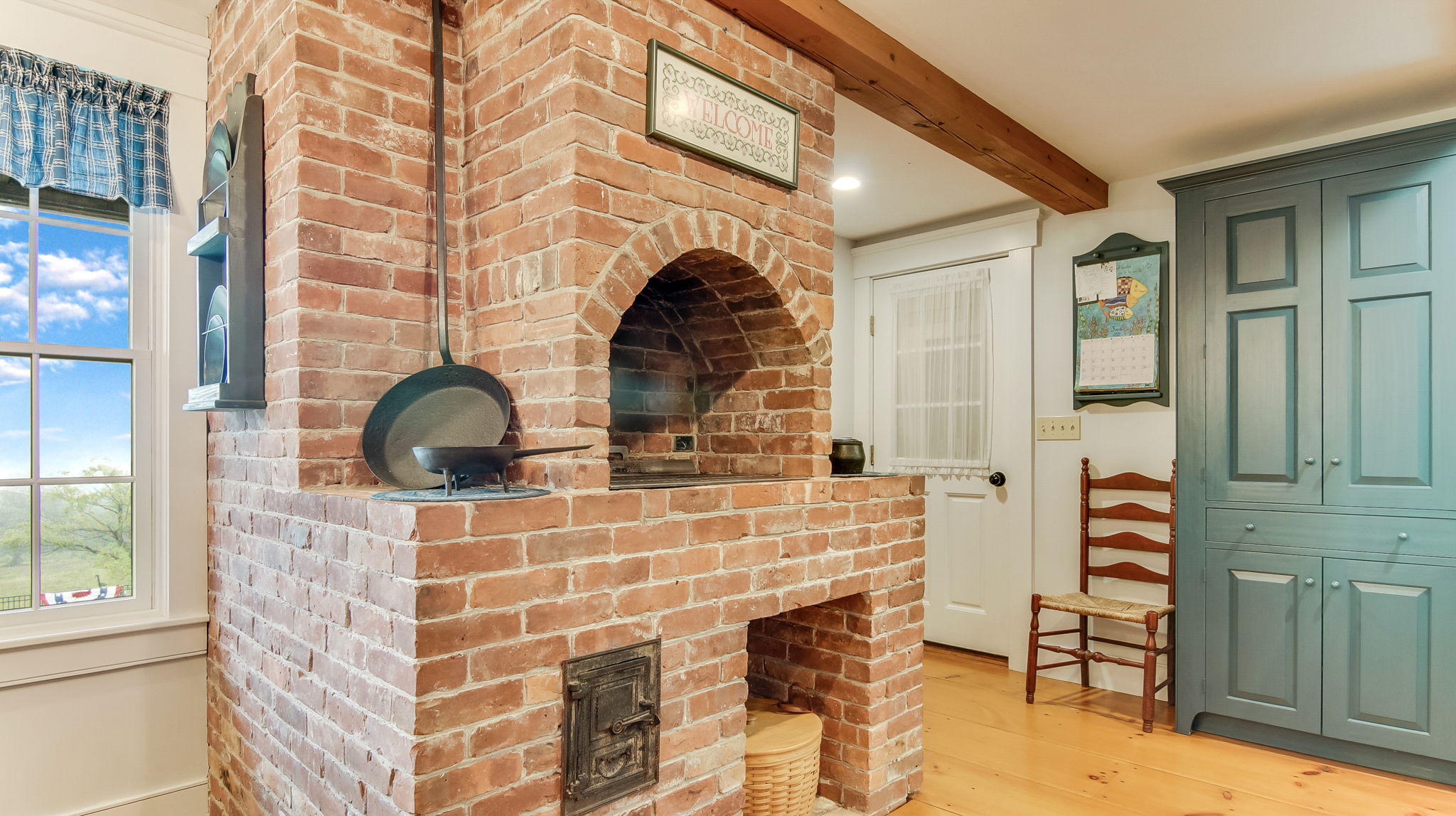 Brick Charcoal Grilling Station