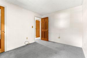20 Merrick Rd, Raymond, NH 03077, USA Photo 4