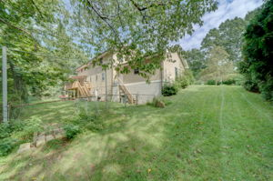 1322 Ridge Rd, North Haven, CT 06473, USA Photo 4