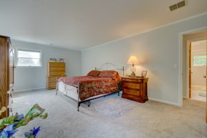 1322 Ridge Rd, North Haven, CT 06473, USA Photo 50
