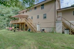 1322 Ridge Rd, North Haven, CT 06473, USA Photo 5