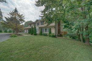 1322 Ridge Rd, North Haven, CT 06473, USA Photo 11
