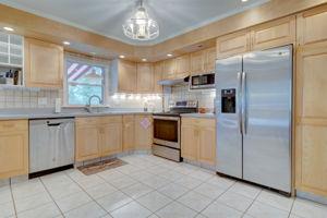 1322 Ridge Rd, North Haven, CT 06473, USA Photo 23