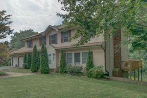 1322 Ridge Rd, North Haven, CT 06473, USA Photo 2