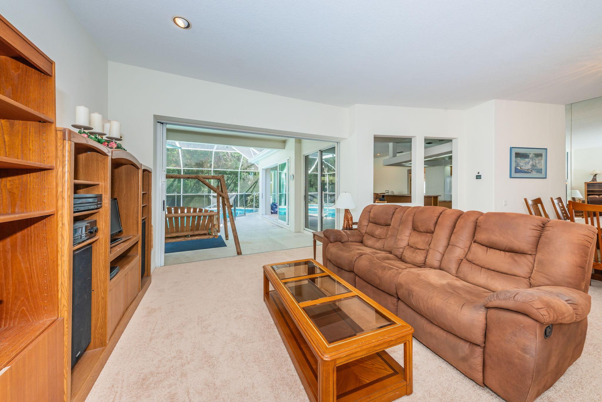 Living Room3-2