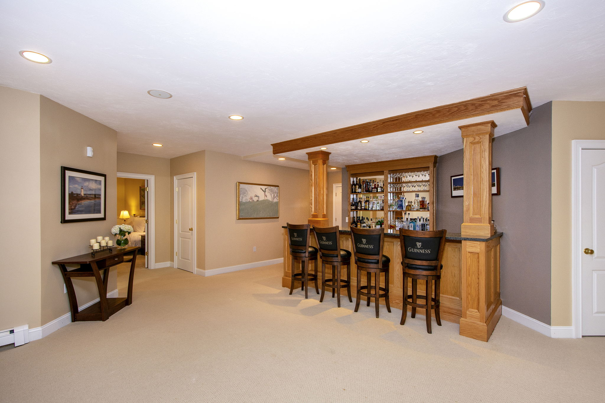 Lower Level - Wet Bar