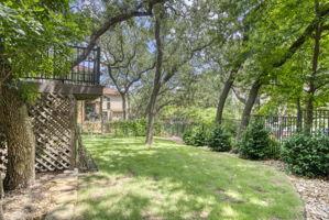 1036 Liberty Park Dr, Austin, TX 78746, USA Photo 46