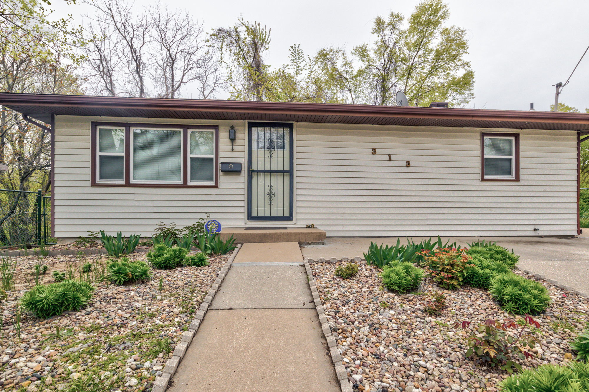313 Montgall Ave, KCMO, MO 64124, US Photo 3