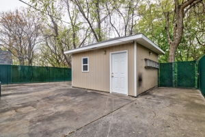 313 Montgall Ave, KCMO, MO 64124, US Photo 4