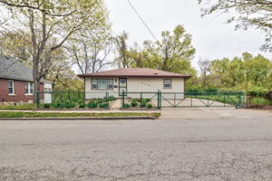 313 Montgall Ave, KCMO, MO 64124, US Photo 0