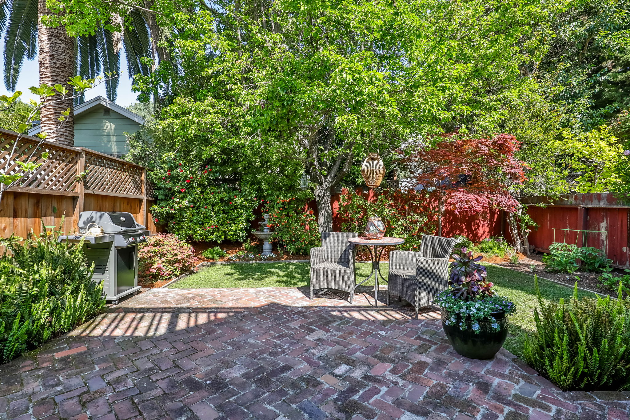 Used-Brick Patio Adds Character