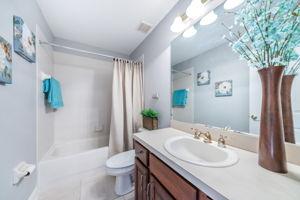 Upper Level Bonus Room Bathroom