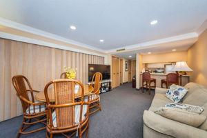 Living Room4b