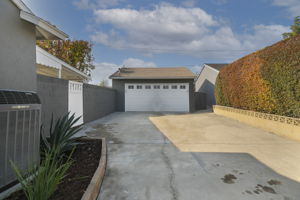10311 Lindesmith Ave, Whittier, CA 90603, US Photo 27