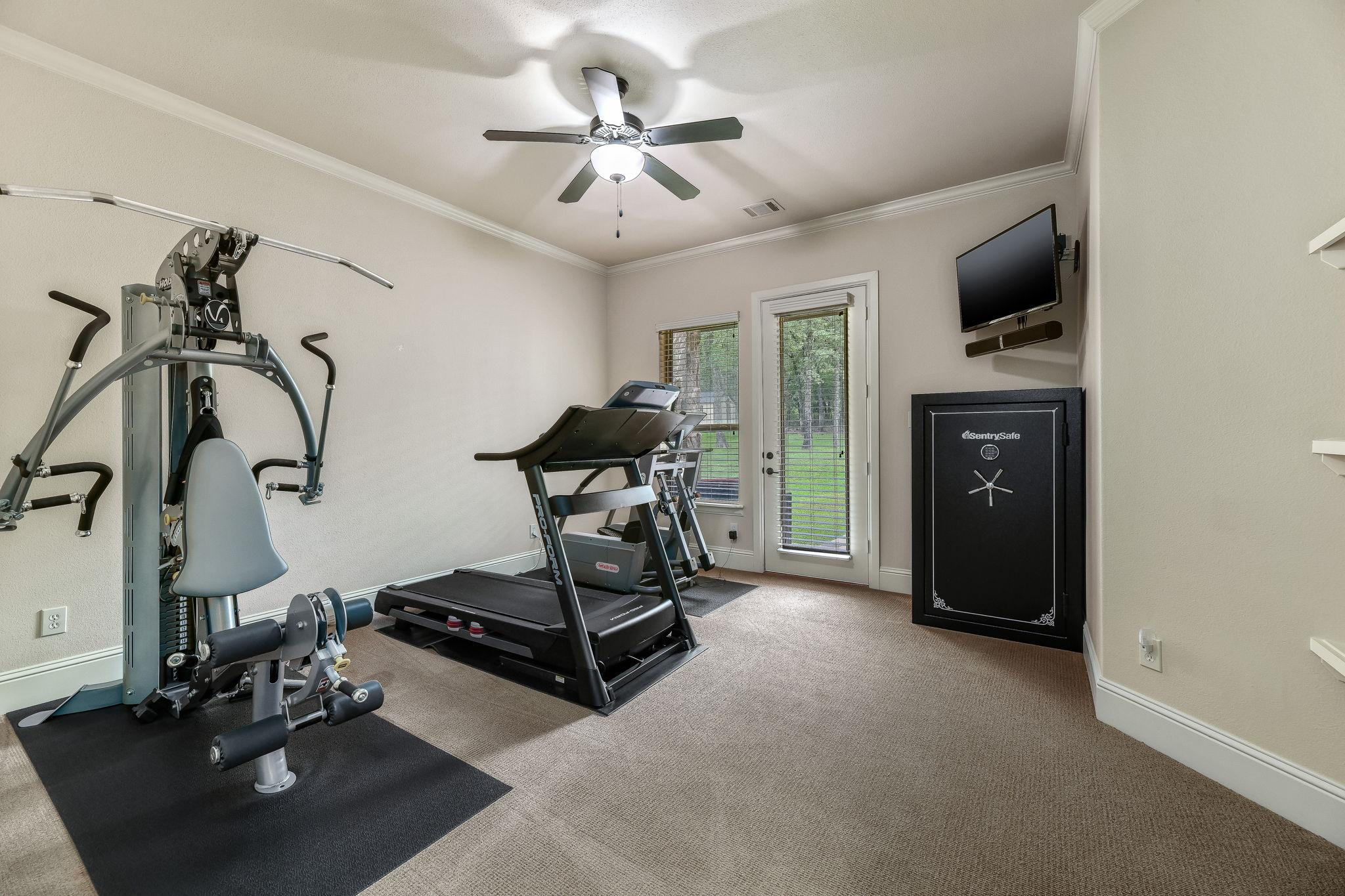 027-Fitness Room-FULL