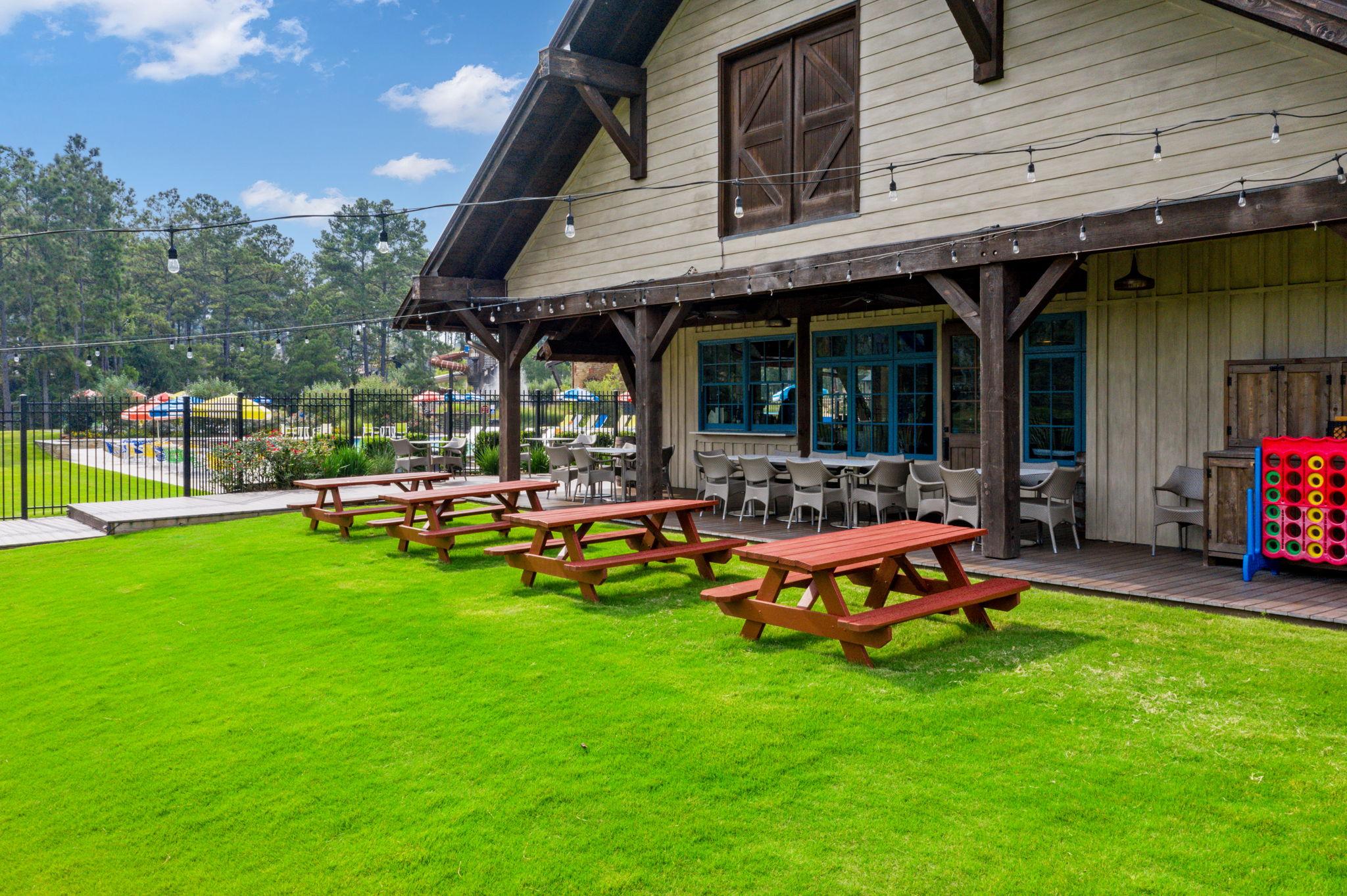 Jacks Barn, Texas 77316, USA Photo 134