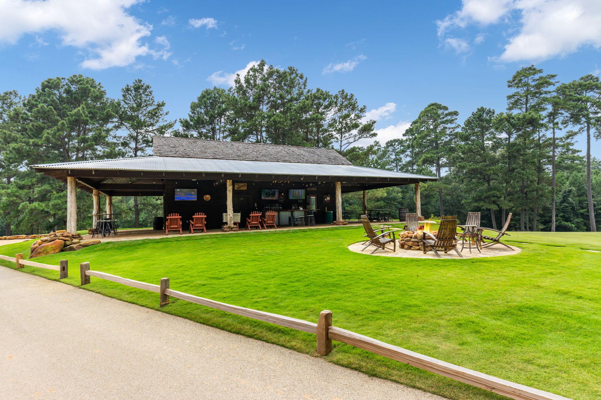Jacks Barn, Texas 77316, USA Photo 107