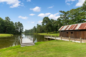 Jacks Barn, Texas 77316, USA Photo 109
