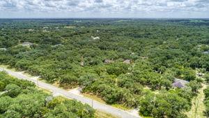 788 Killarney Rd, Floresville, TX 78114, USA Photo 34