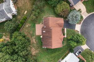 14221 Pony Hill Ct, Centreville, VA 20121, USA Photo 37