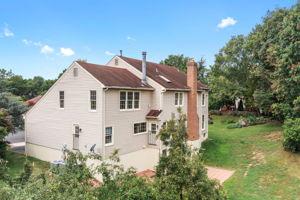 14221 Pony Hill Ct, Centreville, VA 20121, USA Photo 39