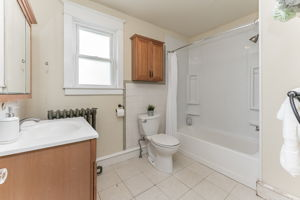 1776 Fitzwatertown Rd, Willow Grove, PA 19090, US Photo 30