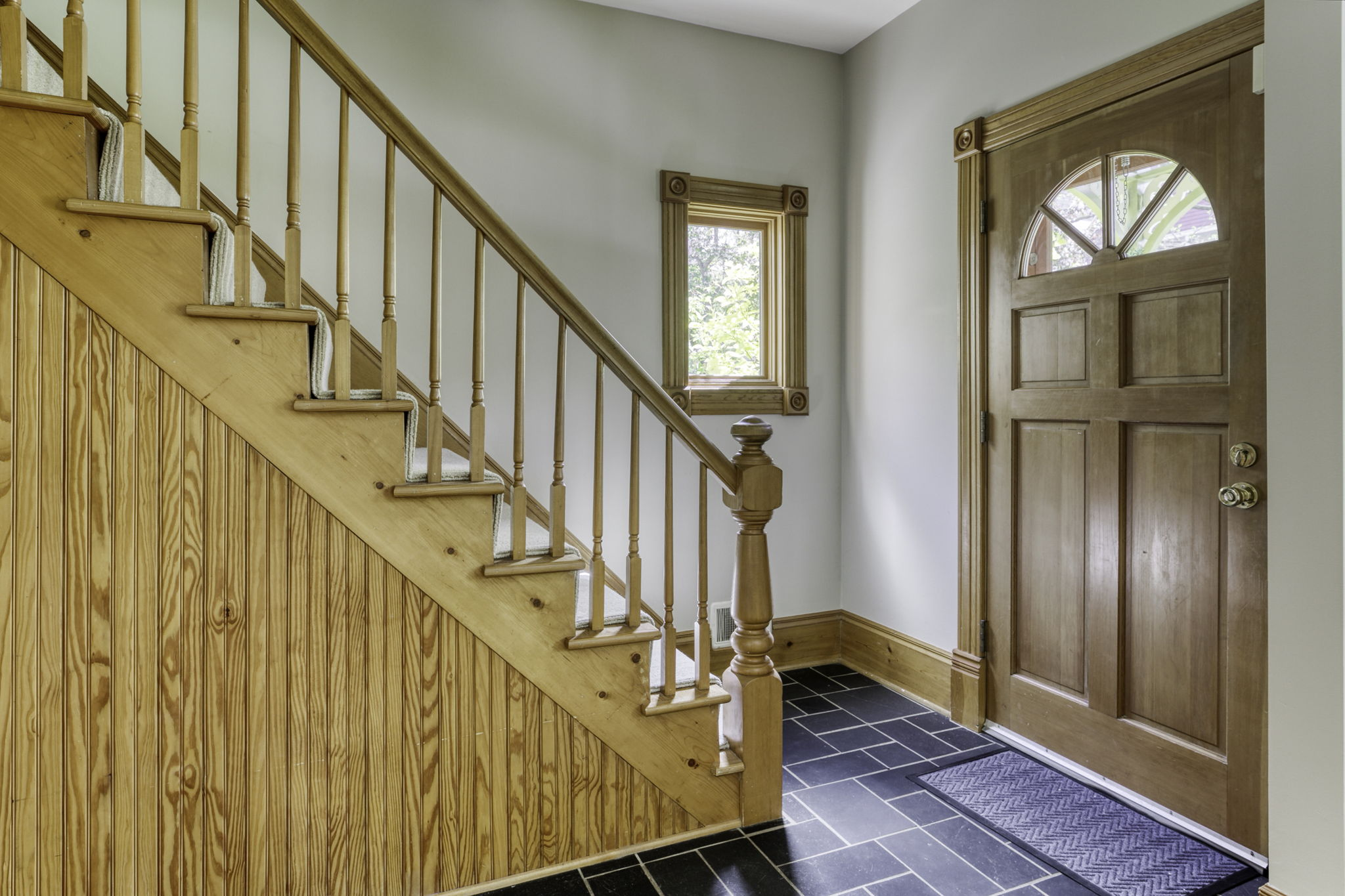 Beautiful Wood Spindle Staircase