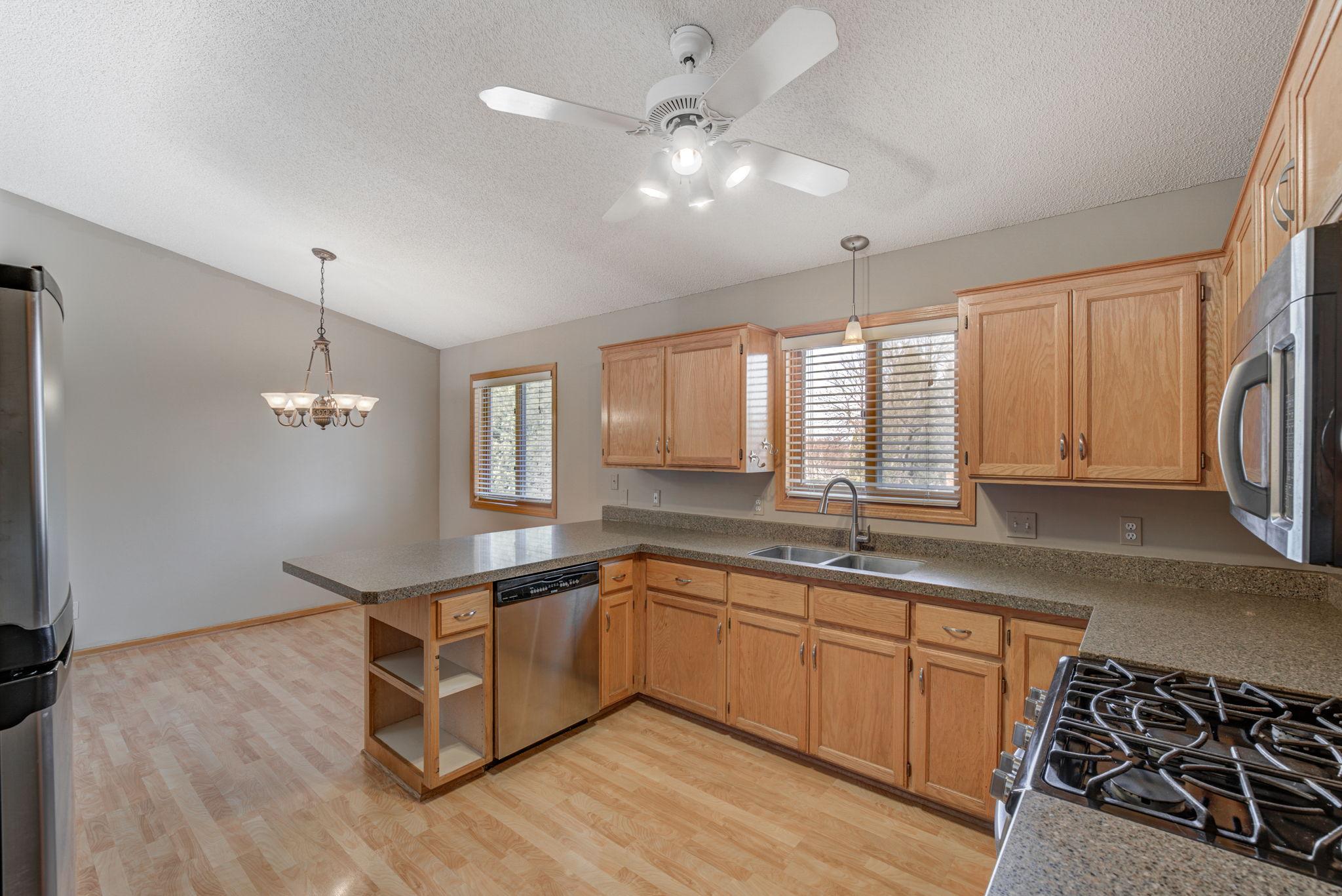Kitchen 1-2