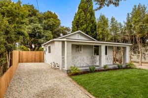 228 W Simpson St, Ventura, CA 93001, USA Photo 3