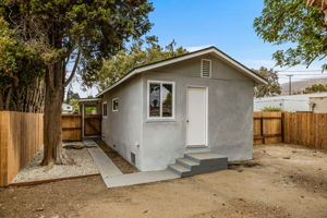 228 W Simpson St, Ventura, CA 93001, USA Photo 28