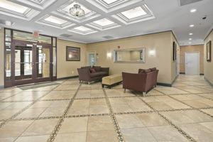1201 N Garfield St #114, Arlington, VA 22201, US Photo 7