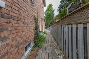 793 Quantra Crescent, Newmarket, ON L3X 1M9, Canada Photo 61