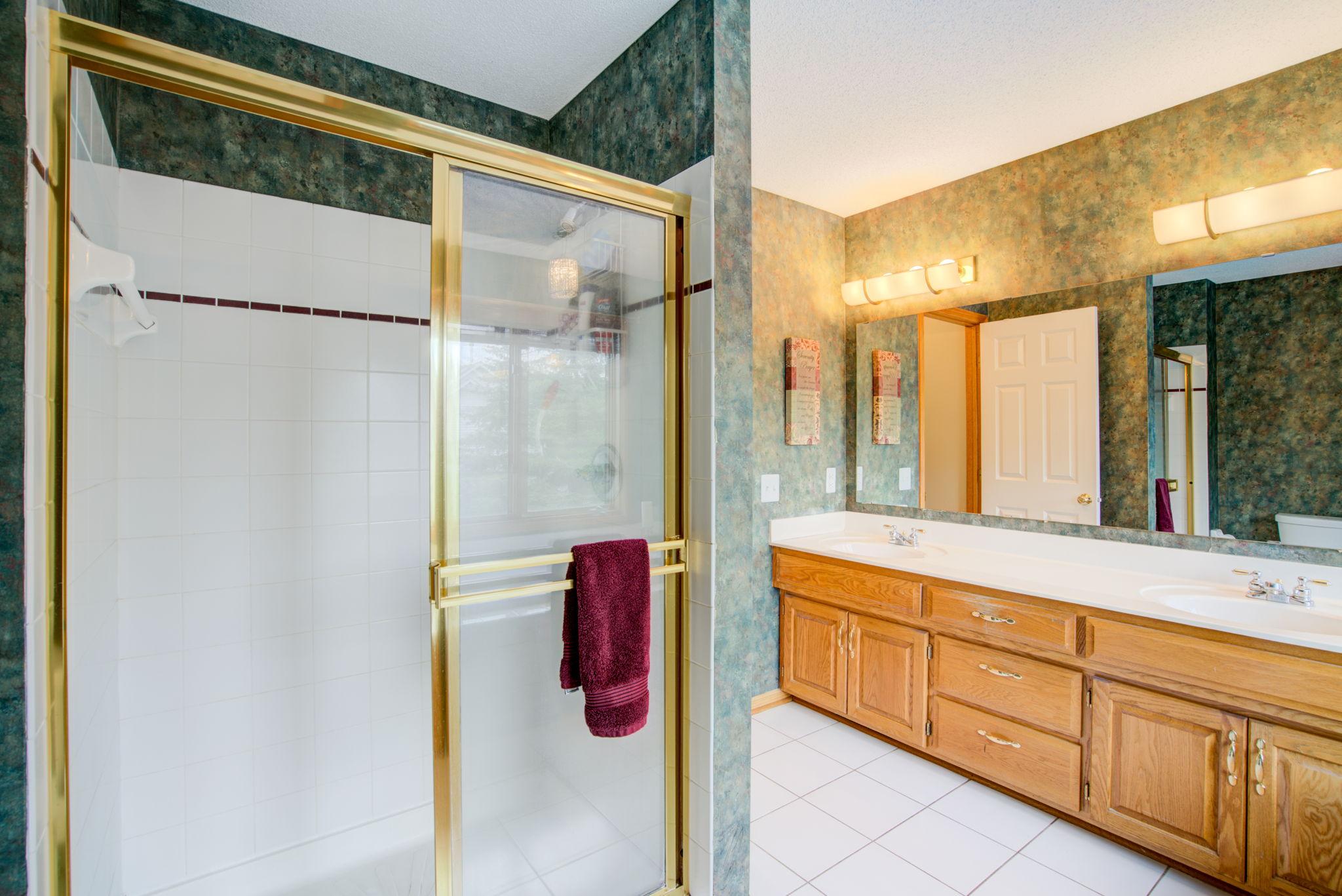 Bathroom 1 Bathroom
