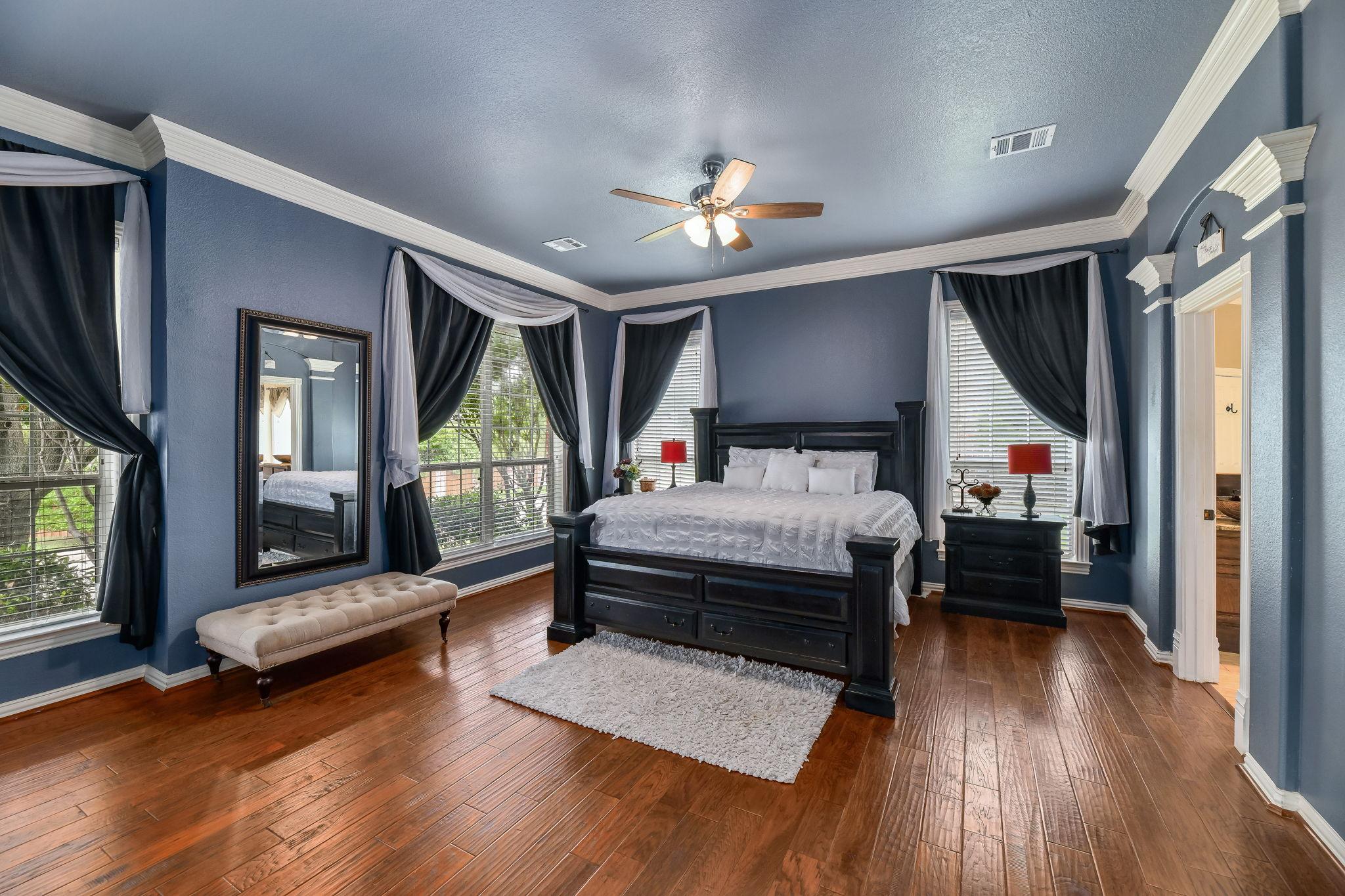 026-Master Bedroom-FULL