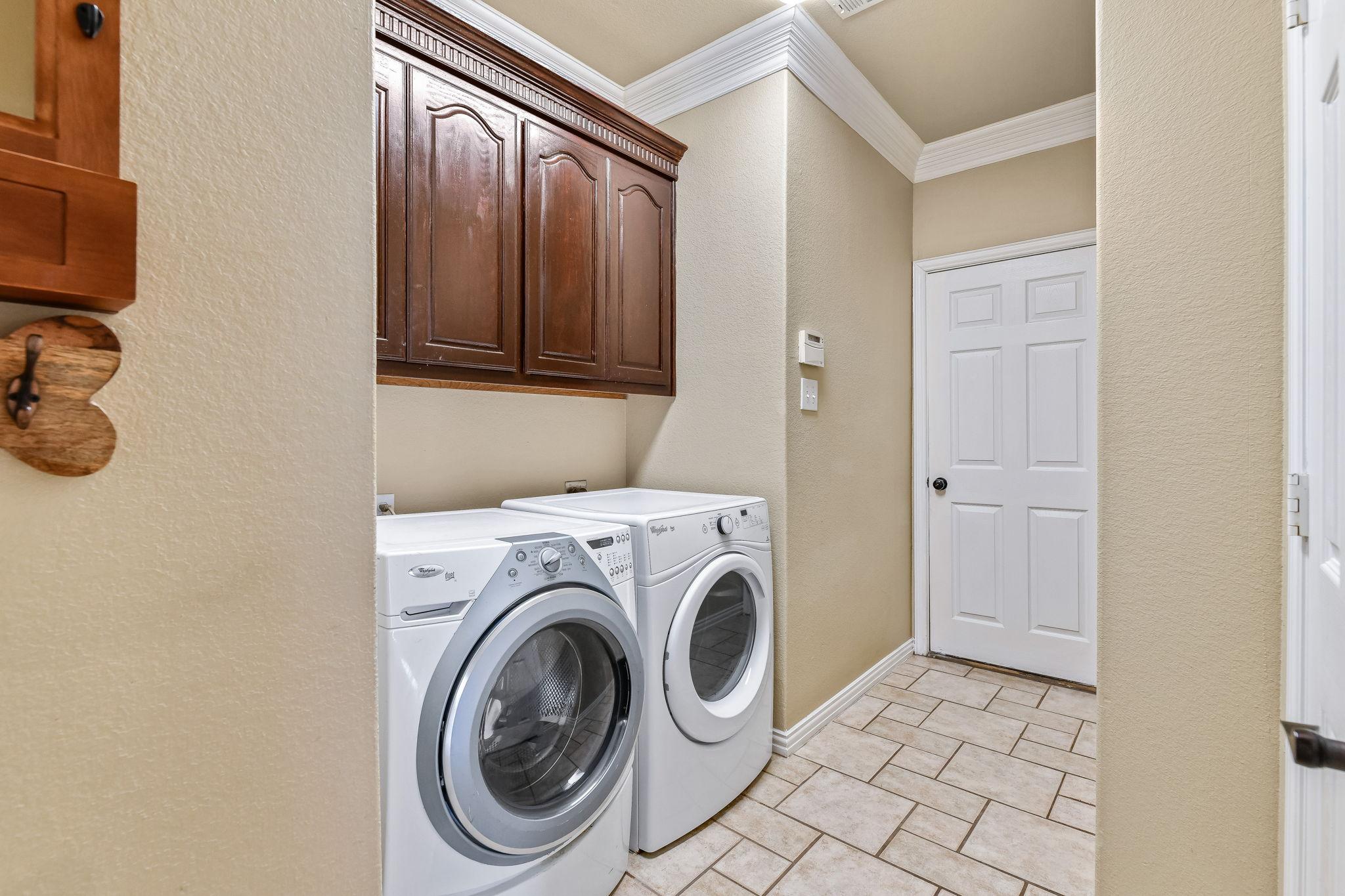 025-Laundry-FULL