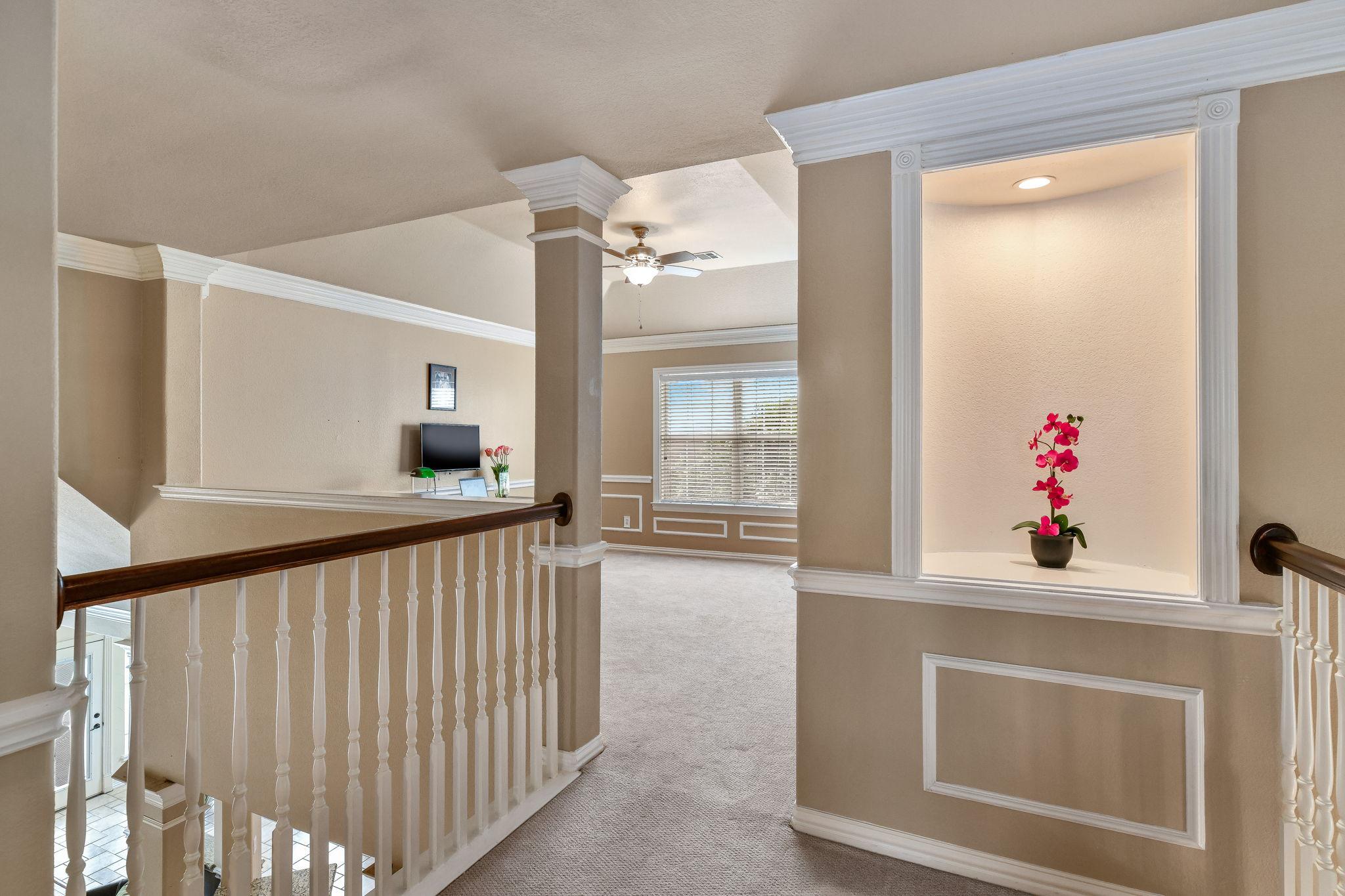 033-Upstairs Loft-FULL