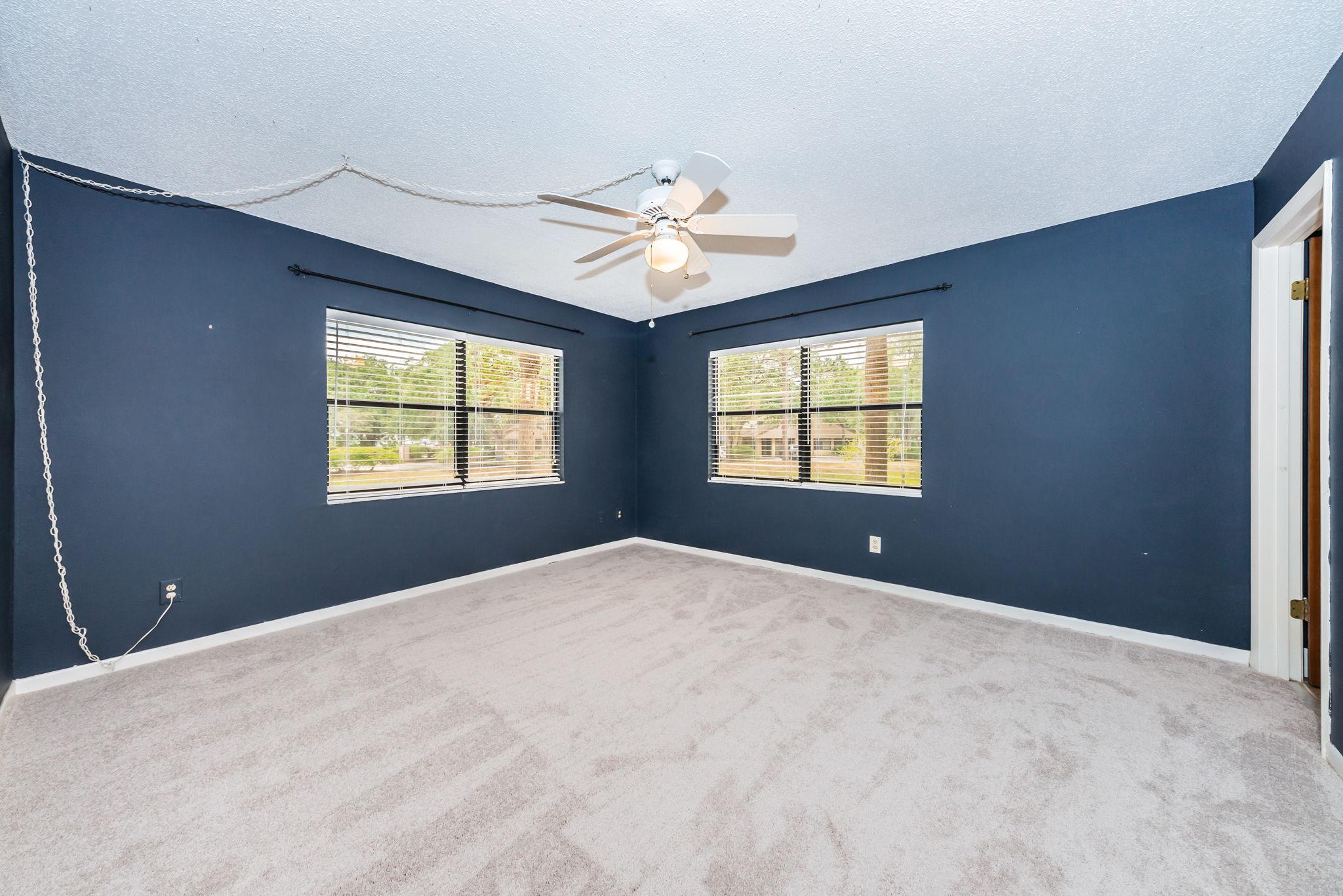 Master Bedroom1a-2-2