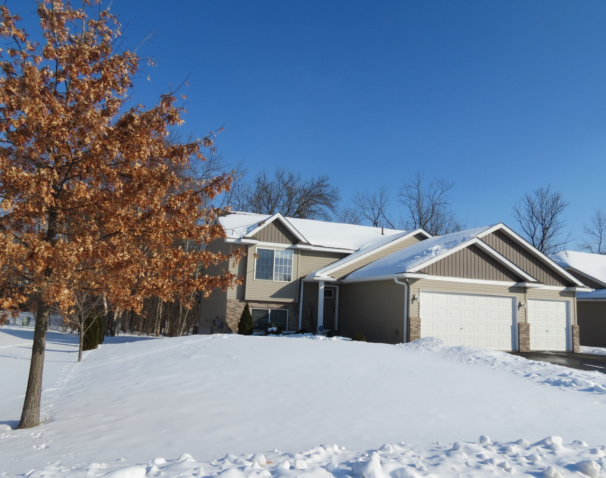 Welcome to 22131 Ethan Ave N. Forest Lake MN