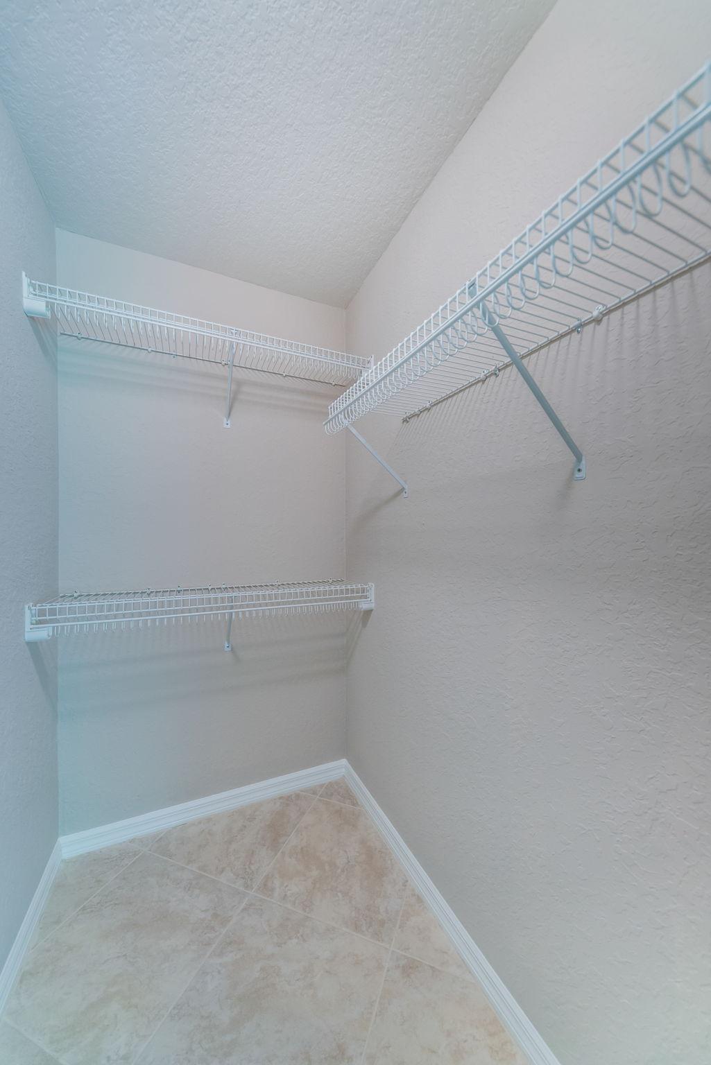 Bedroom3 Closet