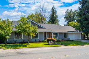 1085 Sandringham Way, Roseville, CA 95661, USA Photo 1