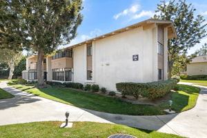 8933 Biscayne Ct, Huntington Beach, CA 92646, USA Photo 1
