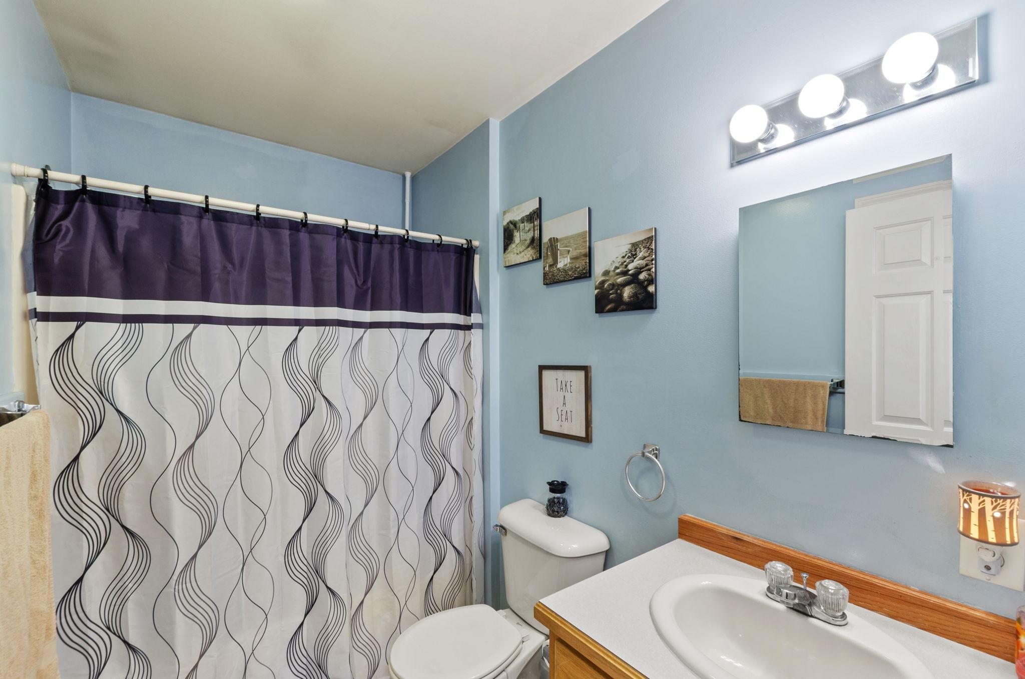 Bathroom - Shared (1)